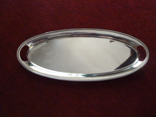 Elegant Mappin and Webb silver plate serving/sandwich plate – Sold
