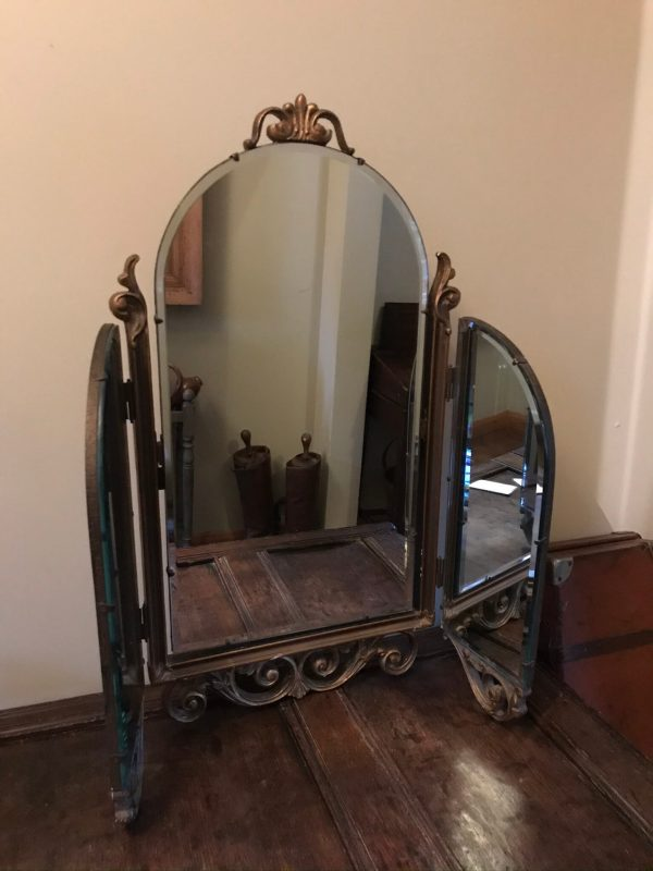 Dressing Table Triple Mirror – Sold