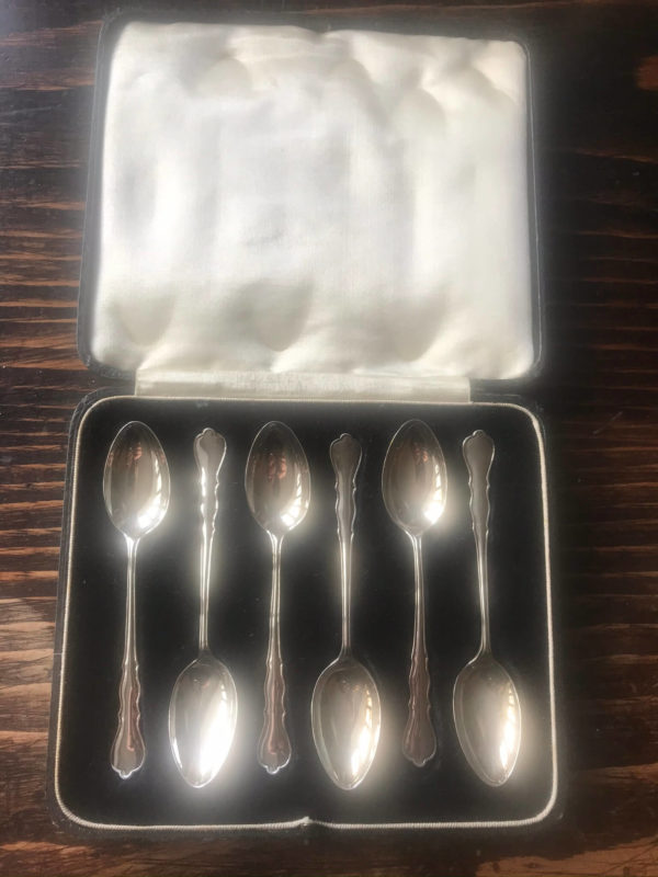 Elegant Boxed Set of Six Silver Teaspoons – Sold