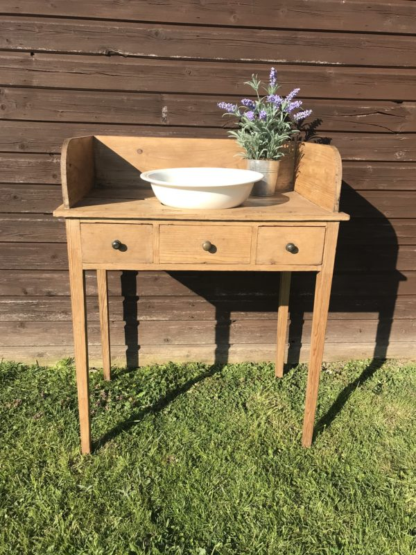 Antique Pine Washstand – £125