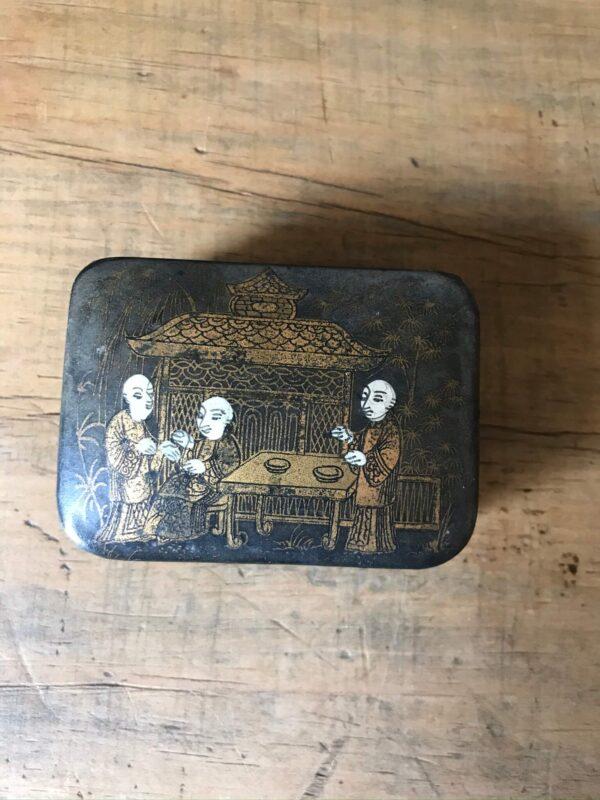 19th Century Chinoiserie Papier Mache Snuff Box – Sold